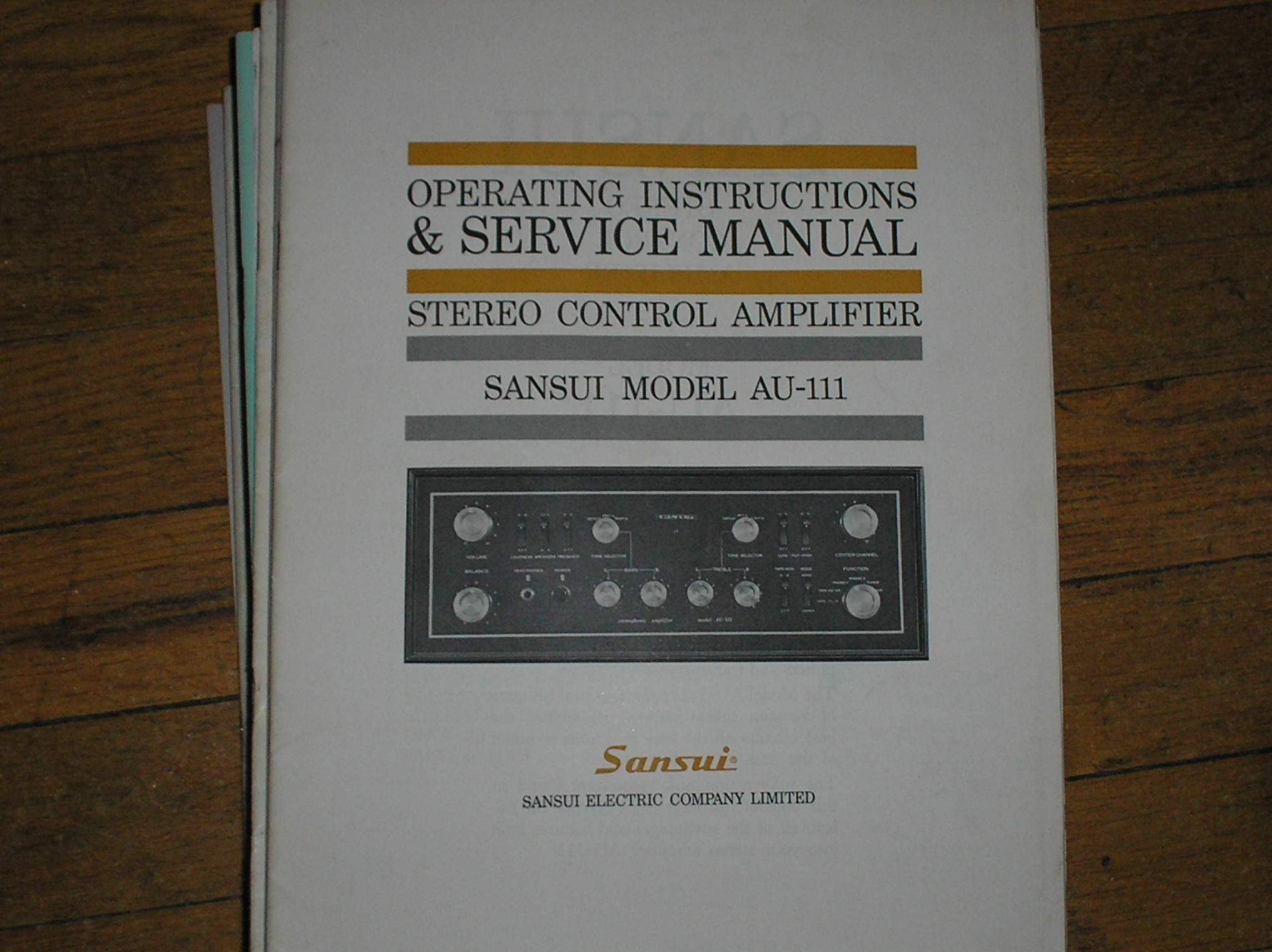 AU-111 Amplifier Operating Service Instruction Manual